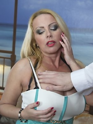 Huge breasted MILF doing it in pov style