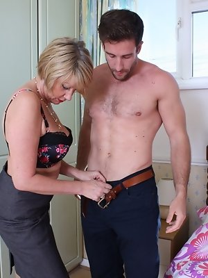Horny British mature lady getting ready for cock