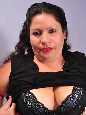 Mature hairy latina BBW playing alone